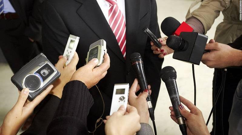 Journalists media reporters